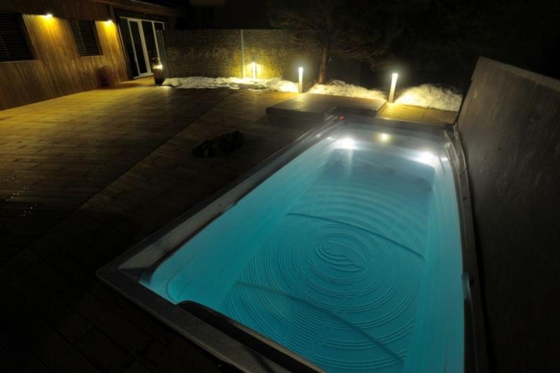 wellness plavalni masazni bazen swim spa protitok masaza remax (3)