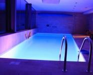 bazeni osvetlitev razsvetljava LED RGB barvna remax (16)